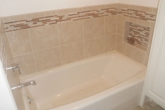 Porcelain tile tub surround