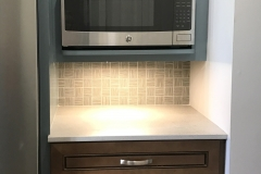 Ainsley display two tone w.base cabinet